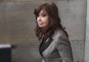 Un giudice argentino ha incriminato per corruzione la ex presidente Cristina Fernández de Kirchner