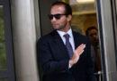 George Papadopoulos, ex consigliere di Trump, è stato condannato a 14 giorni di carcere per aver mentito all'FBI sulla Russia