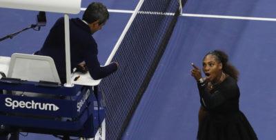Serena Williams è stata multata di 17.000 dollari per il suo comportamento durante la finale degli US Open