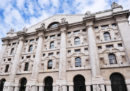 La Borsa di Milano è in forte calo e lo spread è cresciuto parecchio, dopo l'aggiornamento del DEF approvato dal governo