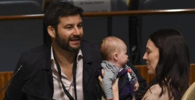 Le foto di Jacinda Ardern con la sua bambina all'ONU
