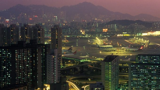 Kai Tak il vecchio aeroporto di Hong Kong