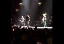 I video di Bono che perde la voce durante un concerto degli U2 a Berlino