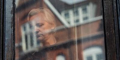 La Russia voleva far scappare Assange da Londra?