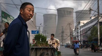 La Cina sta costruendo centinaia di nuove centrali a carbone