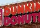 """La catena di caffetterie Dunkin' Donuts cambia nome: sarà """"Dunkin'"""" e basta"""