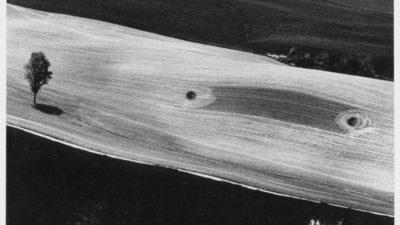 Paesaggi e fotografie astratte di Mario Giacomelli