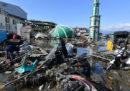Oltre 800 morti per il terremoto e lo tsunami in Indonesia