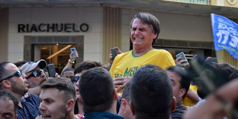 Politica,Brasile:accoltellato Jair Bolsonaro