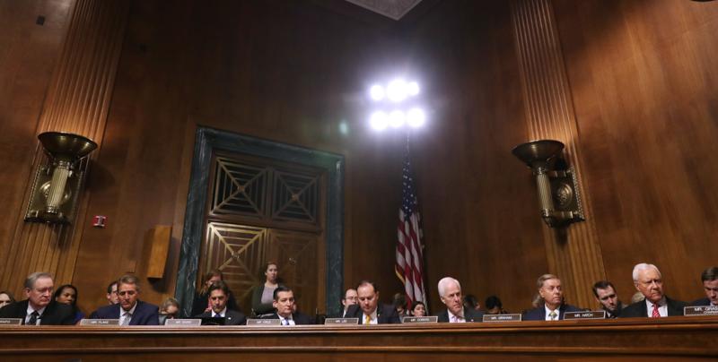 Molestie, l'accusatrice di Kavanaugh in Senato: