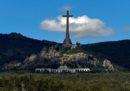 Il Parlamento spagnolo ha votato a favore dello spostamento della tomba di Francisco Franco