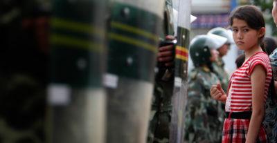 I campi di rieducazione per gli uiguri in Cina