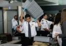 Ci sono più germi sulle vaschette dei controlli di sicurezza in aeroporto che nei WC