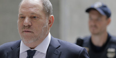 Molestie: Wsj, accordo su risarcimento da 44 milioni a vittime Weinstein