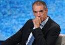 Libero, il Giornale e la Verità hanno pubblicato una notizia falsa su Carlo Cottarelli in prima pagina
