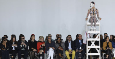 La moda di cui si parla si è vista a Parigi