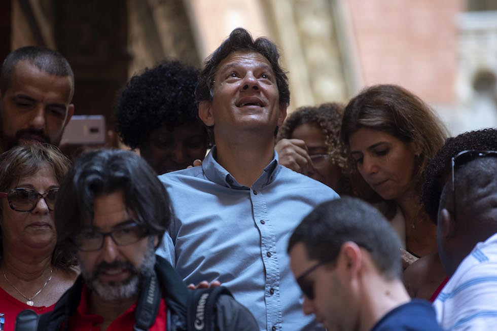 Brasile, elezioni presidenziali: l'estrema destra vola con Bolsonaro