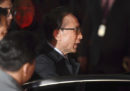 L'ex presidente sudcoreano Lee Myung-bak è stato condannato a 15 anni di carcere