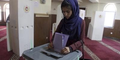 In Afghanistan si vota per il parlamento, tre anni in ritardo