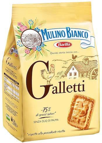 Un biscotto da 7,2 grammi ha 34 calorie. Un pacco da 800 grammi costa 2,99  euro (3,74 al chilo)
