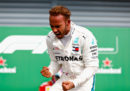 Lewis Hamilton partirà in pole position nel Gran Premio del Giappone di Formula 1