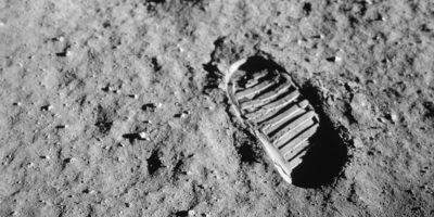 Quali furono davvero le prime parole di Neil Armstrong sulla Luna