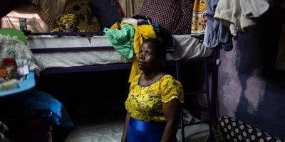 Gli ospedali che tengono i pazienti in ostaggio
