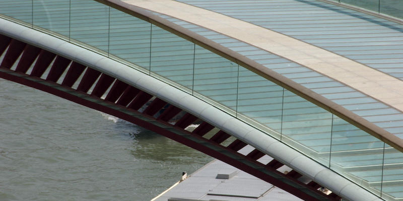Tutti i guai del ponte di Calatrava a Venezia - Il Post