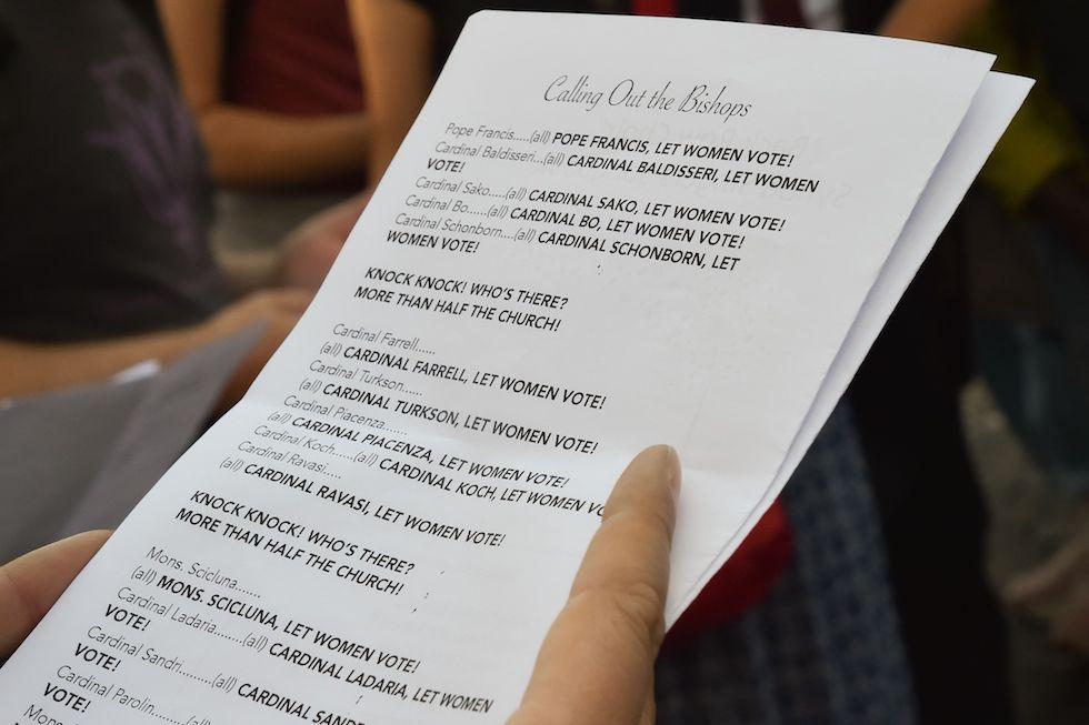 Ticinonline - Il Papa chiede scusa ai giovani