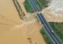 In Sardegna è crollato un ponte per il maltempo, non ci sono morti né feriti