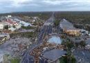 Le foto dei grandi danni causati dall'uragano Michael