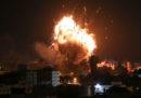Hamas e Israele si bombardano