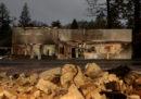 Il numero di morti per gli incendi in California è salito a 83