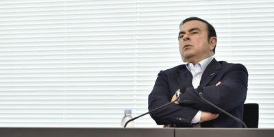 Il consiglio di amministrazione di Nissan Motor ha licenziato l'amministratore delegato Carlos Ghosn