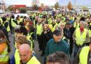 """In Francia una donna che stava partecipando alla protesta dei """"gilè gialli"""" è morta investita"""