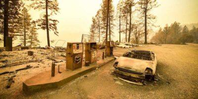 Le foto degli incendi in California, che continuano