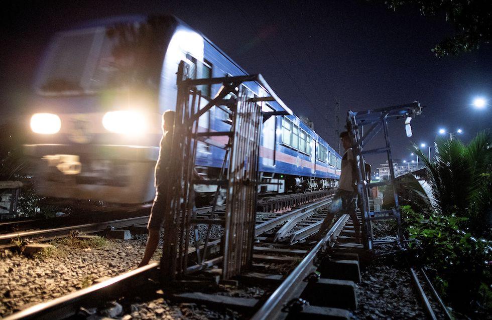 Trolley Boy Post Manila Il Di I drQhts
