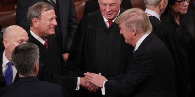 Il capo della Corte Suprema statunitense ha criticato pubblicamente il presidente, cosa molto rara