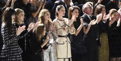 La sfilata di Chanel al Met di New York