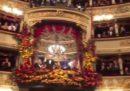 Il video del lungo applauso a Mattarella alla prima alla Scala