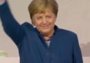 I 10 minuti di standing ovation per Angela Merkel al congresso della CDU