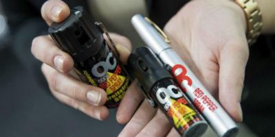 Gli spray urticanti sono un'arma?
