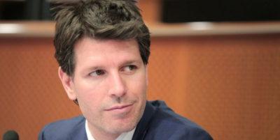 Un eurodeputato del M5S ha chiesto che la Commissione Europea spenda meno per i servizi di catering