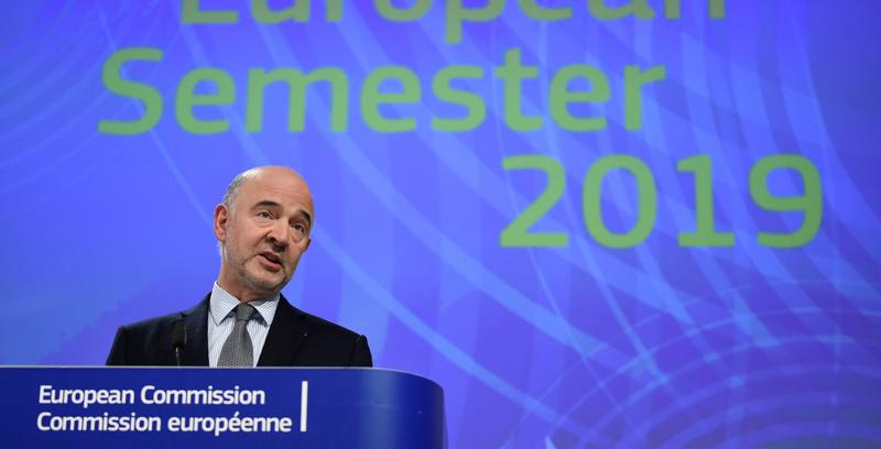 Manovra, Moscovici su taglio deficit a 2,04%: 'Non ci siamo ancora'