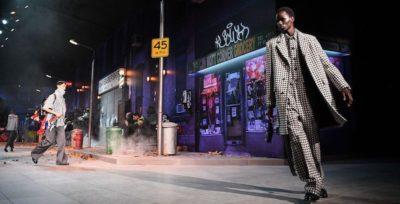La sfilata di Louis Vuitton, che ha portato la strada nel lusso