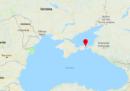Almeno dieci persone sono morte nell'incendio di due navi cargo nel Mar Nero