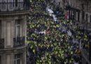 A Parigi ci sono stati nuovi scontri tra polizia e gilet gialli, nell'ottavo sabato di proteste