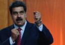 Una persona è morta e 12 sono state ferite dopo che l'esercito venezuelano ha sparato contro un gruppo di manifestanti