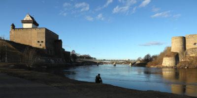 Narva, al confine tra Estonia e Russia