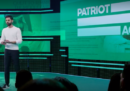 """Netflix ha rimosso dal suo catalogo in Arabia Saudita un episodio dello show """"Patriot Act"""", su richiesta del regime saudita"""